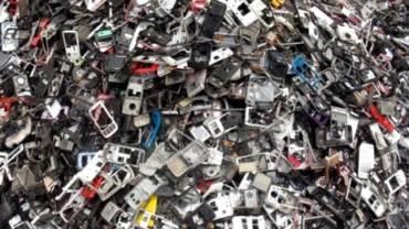 La tragedia de la basura electrónica.