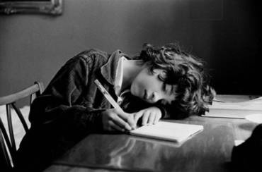A escribir se aprende escribiendo.