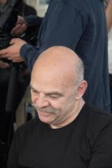 Martín Caparrós publica 'Lacrónica', una reflexión del periodismo a través de 30 años de crónicas