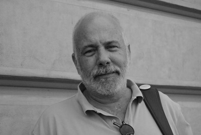 Ramón Lobo sobre su libro 'Todos los náufragos'